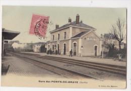 Cpa Gare Des PONTS DE BRAYE  Arrivée Du Train Sur Voie Voyageurs A Quai - Ed Lebert - France