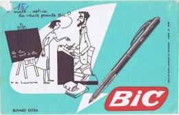 Buvard  BIC - Buvards, Protège-cahiers Illustrés