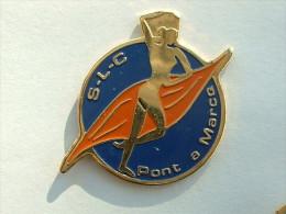 Pin´s PIN'UPS - S.L.C PONT A MARCQ - Pin-ups