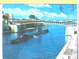 Cart.- NAVI -  Taranto - Sommergibile Al Passaggiodel Canale Navigabile. - Chiatte, Barconi