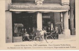 Vizille Café De L'hôtel De Ville Prop Fiat Place Grenette  Rendez Vous Des Sportmen Siège Social Du Stade Vizillois - Vizille