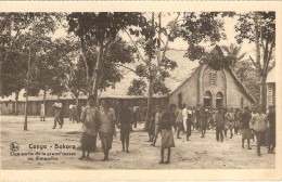 Bokoro   ---   Une Sortie De La Grand'messe Un Dimanche - Congo Belge - Autres
