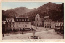 LARUNS: La Place Et L'église - Laruns