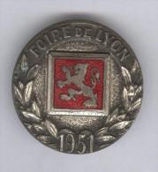 Badge Foire De Lyon 1951 - Organisations