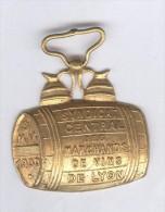 Médaille SMV 1900 - Syndicat Centrale Des Marchands De Vin De Lyon - Firma's