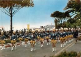 "/ CPSM FRANCE 06 ""Cannes"" /  MAJORETTES - Cannes"