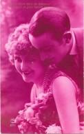 CPA COLORISEE FANTAISIE  -  COUPLE D'AMOUREUX - Edit  P C 2771 - ENCH - - Women