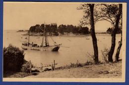 35 SAINT-BRIAC L'Estuaire Du Frémur ; Chalutier - Saint-Briac