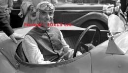 Reproduction D'une Photographie D'un Portrait Du Pilote De Course Tazio Nuvolari - Repro's