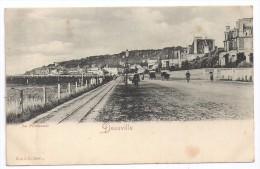CPA Deauville 14 Calvados La Promenade Les Villas édit R. & J. D. N°10690 Non écrite Dos Non Divisé - Deauville