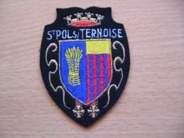 Ecusson De St Pol S/ Ternoise - Blazoenen (textiel)