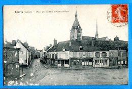 AVR479, Lorris, Place Du Martroi Et Grand Rue, Boucherie, Trace D'usure En Bas à Gauche, Circulée 1911 - Other Municipalities
