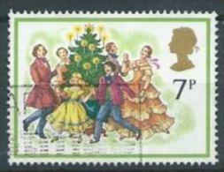 GB 1978 Christmas: Singing Carols Round The Christmas Tree  7p.  SG 1071 SC 847 MI 777 YV 876 - Used Stamps
