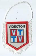 Fanion Football L'équipe De Videoton - Apparel, Souvenirs & Other