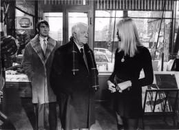 """Cliché De Presse Des Artistes """" Jean GABIN, Félix MARTEN Et Uschi BREMEN """" - Film """" Le Tueur """"  - Voir Description - Künstler"""