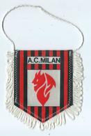 Fanion Football L'équipe Du AC Milan - Apparel, Souvenirs & Other