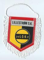 Fanion Football L'equipe De Lillestrom SK - Apparel, Souvenirs & Other