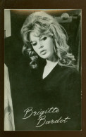 """Artiste De Ciné Film Acteur Filmster Cinema :   Brigitte Bardot In """"Bandeloos"""" - Uitg. TAKKEN N° AX 4716 - Acteurs"""