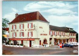 CPSM LA CHATRE INDRE HOTEL DU LION D ARGENT LES ROUTIERS PROPRIETAIRE AUDEBERT DUMAILLE POMPE A ESSENCE AUTO - La Chatre