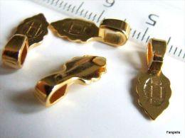 1 Bélière Aanraku Plaquée Or 18K à Coller 6x15mm  De Qualité Extra Une Bélière De La Marque Aanraku à Coller Au Dos De V - Perles