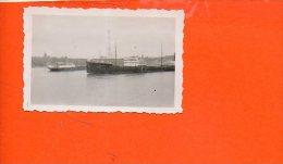 76 Port Jérome : Pétroliers Vus Du CIP - 9 Aout 1935 (Photo De Dimesnisons 6.8 X 4.5) (bâteau) - Photographie