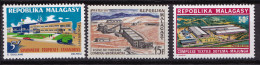 MALAGASY N� 484 / 485 / 486    NEUF**LUXE