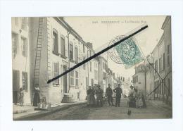 CPA -  Raucourt  - La Grande Rue - France