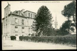 Cpa Du 22  Paimpol -- L' Hôtel De Ville Et Le Clocher De La Nouvelle église       PAR14 - Paimpol