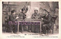 24 -  En PERIGORD -  Scène Et Type -  Hommes   - Couple  -  Jouant Aux  Cartes  -  TTBE - Dos Vierge - 2  Scans - France
