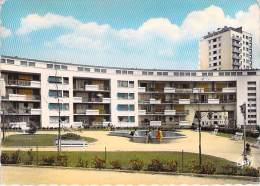 LORIENT 56 - Cité HLM De La Banane : Le Jardin - Jolie CPSM Dentelée Colorisée GF - Morbihan - Lorient