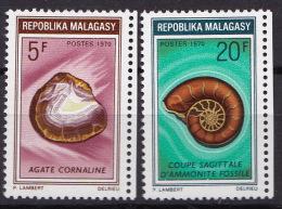 MALAGASY N° 472 / 473    NEUF**LUXE - Madagaskar (1960-...)
