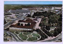7531   CPM  LONGWY - HAUT   :  Vue Aérienne  , Le Lycée Et Le Collège  ,  Carte Photo 1967  ACHAT DIRECT !! - Longwy