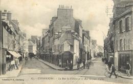 TOP 1819   CPA CHERBOURG  La Rue De L'union Et La Rue Grande Vallée   Animation       Belle Carte - Cherbourg