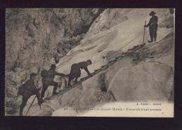074 CHAMONIX, 865 Les Grands Mulets, Traversee D'une Crevasse - Gardet - - Chamonix-Mont-Blanc