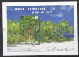 MEDIO AMBIENTE / MALDIVAS 1988 #Yvert H 140** Precio Cat. €8.00 - Protección Del Medio Ambiente Y Del Clima