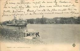 V-15 - 056 :  TOURS LA LAVANDIERE ET LE BATEAU LAVOIR - Tours