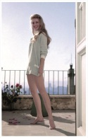 Sexy BRIGITTE BARDOT Actress PIN UP Postcard - Publisher RWP 2003 (109) - Entertainers