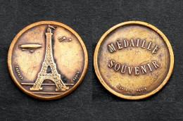 Médaille Souvenir, Tour Eiffel. Cartaux Paris, Vers 1900. Bronze - Other