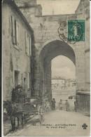 COGNAC , Ancienne Porte Du Vieux Pont , CPA ANIMEE - Cognac