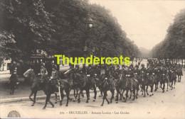 CPA BRUXELLES AVENUE LOUISE LES GUIDES - Avenues, Boulevards
