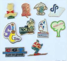 Lot De 10 Pin's - PRIX SACRIFIE !!!! - Lot N° 12 - E472 - Pin's & Anstecknadeln