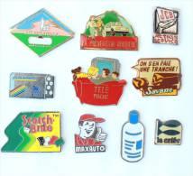 Lot De 10 Pin's - PRIX SACRIFIE !!!! - Lot N° 21 - E481 - Badges