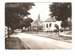 CPA 87 LE DORAT Route De Magnac Laval Route - Maisons - Clocher - Vue Peu Commune - Le Dorat