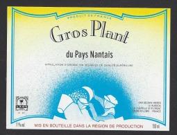 Etiquette De Vin Gros Plant Du Pays Nantais  - Thème Travail De La Vigne - Sécher à La Chapelle Saint Florent (49) - Labels