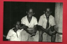 HAU-25  Enfants Associés à Un Projet De Reboisement. Fimarc Wépion 1994 Non Circ. - Dominican Republic