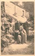 Pain De Saint-Antoine Aux Grottes De CRUPET - A Côté Du Vieillard L'auteur De La Grotte - Assesse