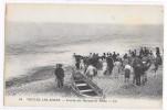 CPA DE  VEULES LES ROSES (SEINE-INF)  Arrivée Des Barques De Pêche - Veules Les Roses