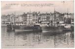 Charente Maritime 17 - LA ROCHELLE Le Port Vue Sur Les Vapeurs Faisant Le Service Des Iles De Ré Et D'Oleron Bateau - La Rochelle
