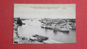 Antilles > Netherland Antilles> Curaçao    Oil Tankers Entering Harbor  Ref   2077 - Curaçao
