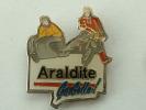 Pin´s MOTO - SIDECAR - ARALDITE CA COLLE - Motorbikes